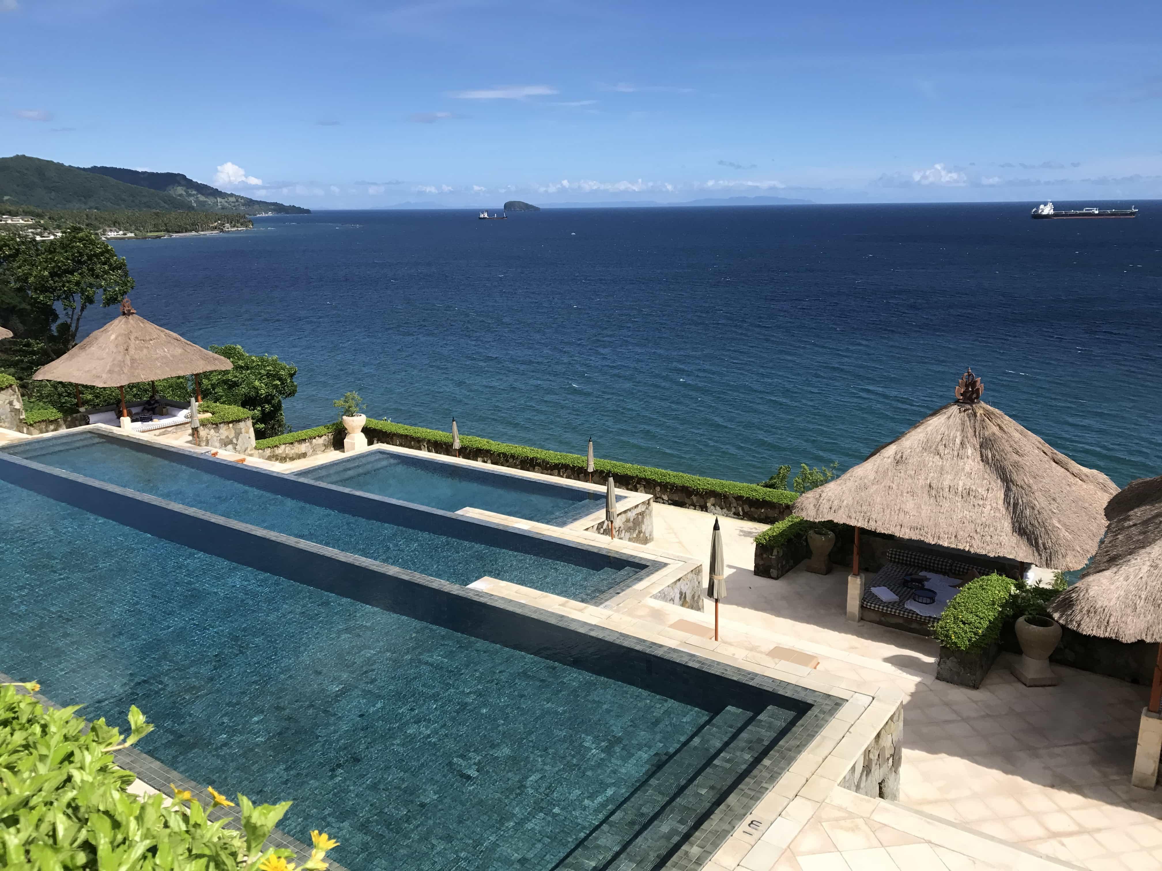 infinity pool overlooking ocean, Bali