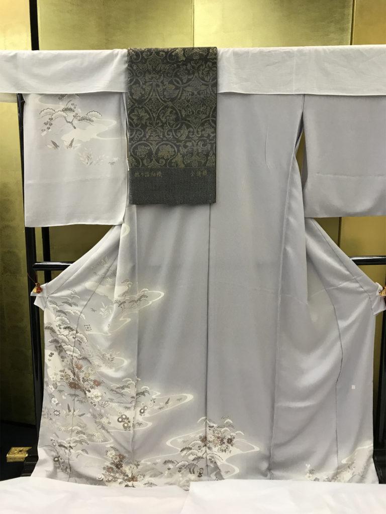 regal kimono for royalty